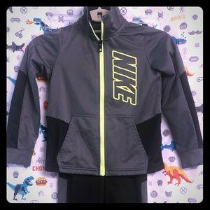 Boys Nike Warm-Ups Sweatsuit, Size 7/L